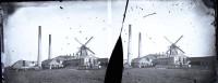 De onlangs opgedoken stereo foto van molen de Eendracht in Wormer, de voorloper van Van Gelder Papier.